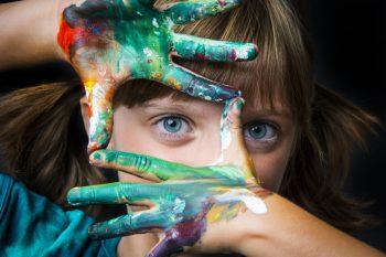 Особенности восприятия цвета у детей дошкольного возраста. Необходимость развития детского цветовосприятия.