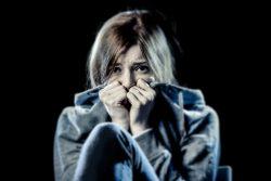Стокгольмский синдром — это что: психологические особенности