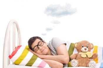 Как попасть в осознанный сон: способы и техники