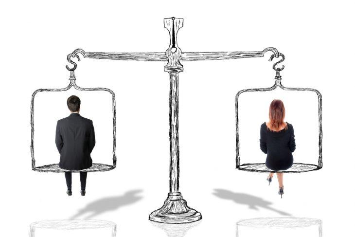 Распределение социальных ролей