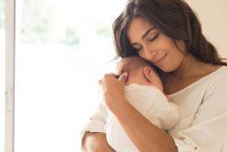 Кризис новорожденности: его особенности и характеристики