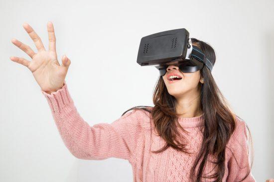 Виртуальная реальность – это прогресс или регресс, польза или вред для человека. Что говорит психология